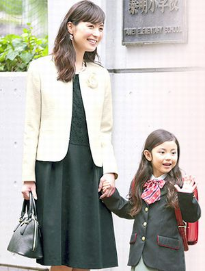 幼稚園や保育園入園式で母親父親はどんな服装が良い?選び方