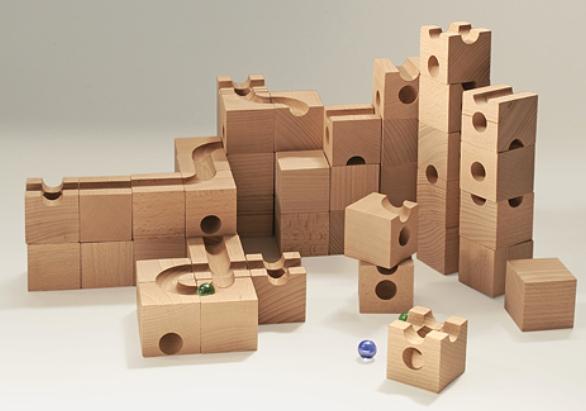 藤井聡太四段の将棋脳を育んだ3歳から遊んだ立体積木パスルキュボロ