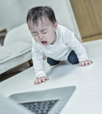 赤ちゃんにテレビを見せる時の注意点・約束