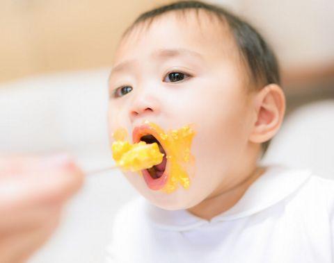 納豆離乳食をあげるのは何か月から?