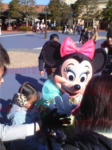 子供の東京ディズニーランドデビュー何歳から楽しめる?理由は?