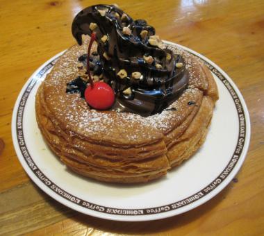 コメダ珈琲店のチョコシロノワール(ショコラノワール)食べてきましたよ!